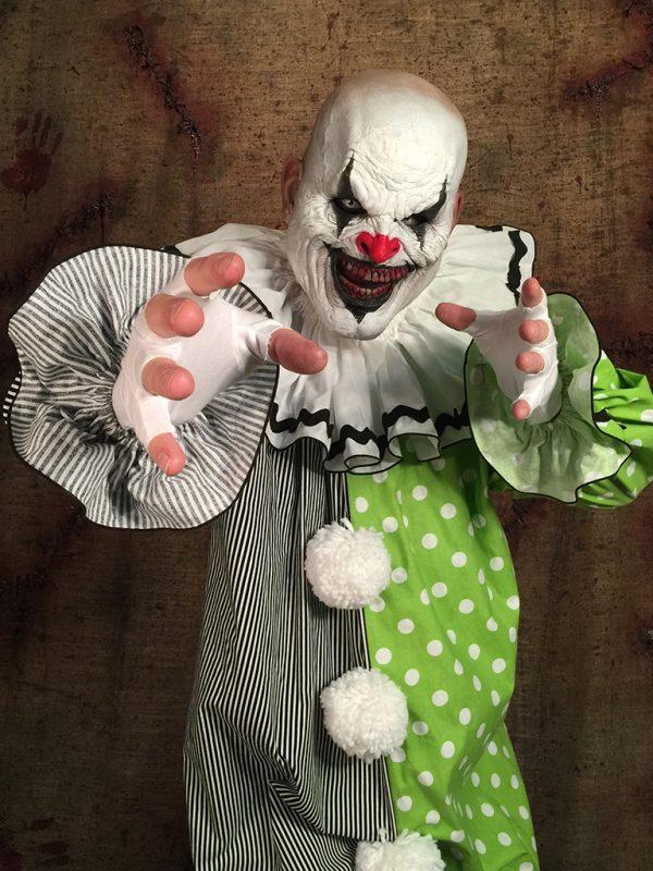Retro the Clown